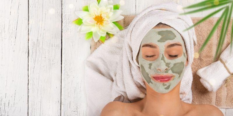 What Are the Differences Between Clay Mud Masks